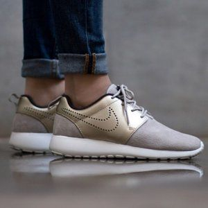 NIKE Roshe One Prm Suede Gray Metallic Gold - 6.5